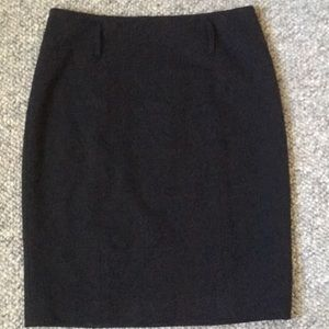 Ann Taylor size 2 pencil charcoal gray skirt